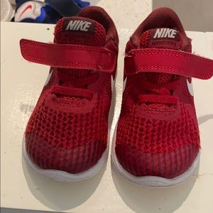❤️NIKe 6c toddler red sneakers Velcro
